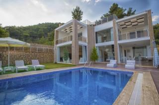 Villa Nazlı Kalkan İslam Köyde deniz manzaralı kiralık villa.