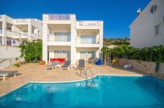 Kalkanda Deniz Manzaralı kiralık yazlık villa - Yazlık Villa