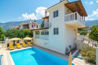 Villa Duman, Fethiye Ovacık  4 odalı Havuzlu Kiralık Villa.