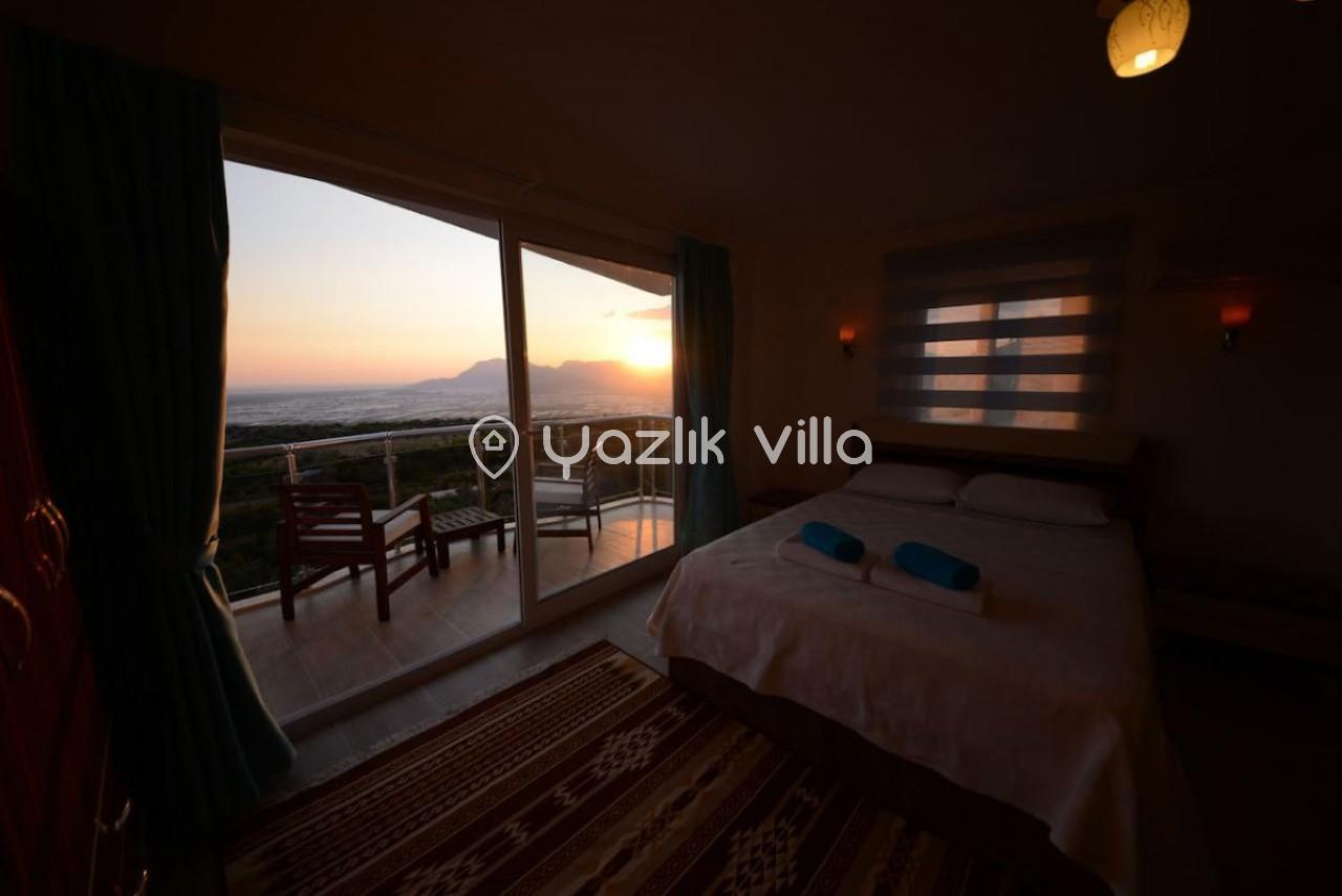 Villa Lilyum