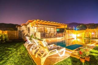 Villa Lykia Kayaköyde 2 Yatak Odalı Çocuk Havuzlu Villa