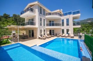 Villa Papatya, Kalkanda Kiralık 10 Kişilik 5 Odalı Lüks Yazlık