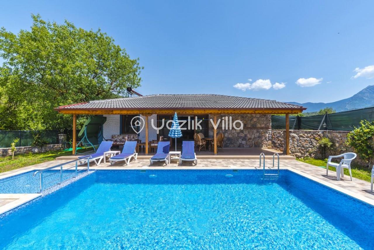 Villa Mine