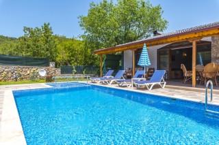 Villa Mine, Kayaköyde Havuzu Korunaklı Yazlık Tatil Villası