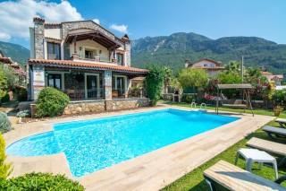 Villa Hazal,Ovacıkta 3 odalı lüks villa