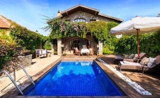 Zakkum Evi, Fethiye Kayaköyde Balayı Süit Tatil Villası