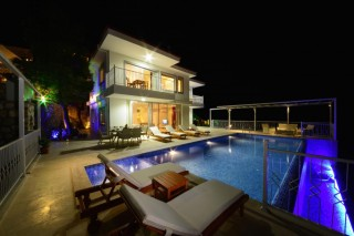 Villa Oscar Duo, Kalkan Üzümlüde 3 Yatak Odalı Manzaralı Villa