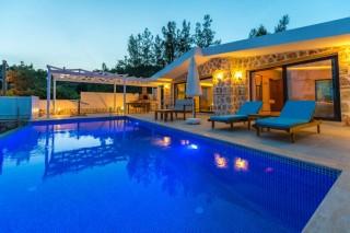 Villa Romanza, Kalkan İslamlar'da Muhafazakar Balayı Tatil Villa.