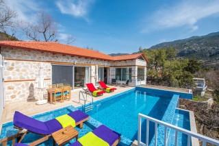 Hayal Evi,  Isıtmalı Havuzlu Lüks Balayı Tatil Villası