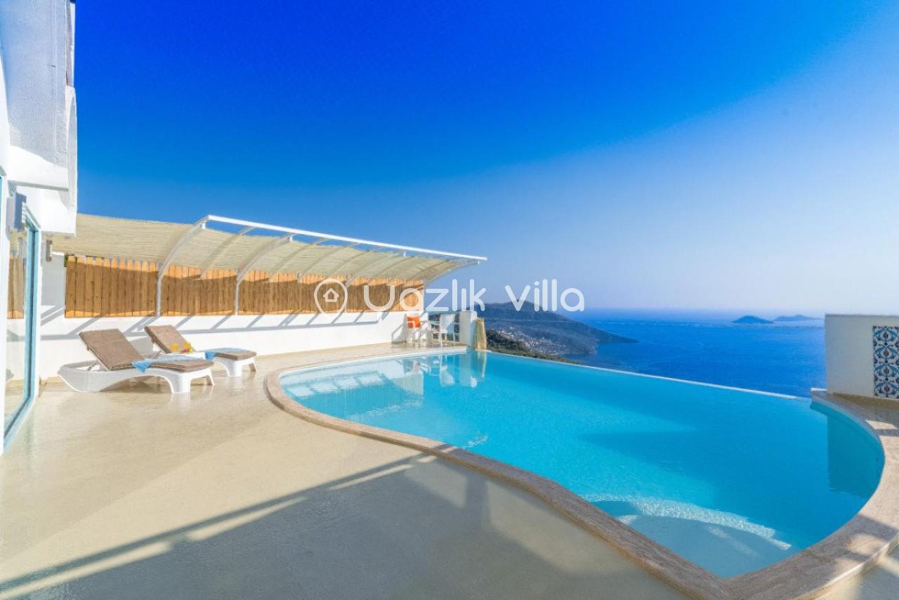 Villa Dome
