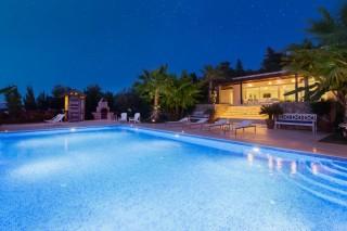 Ölüdeniz Faralya'da Ultra Lüks 4 odalı kiralık yazlık villa