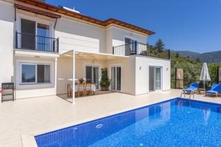Villa Çelik, Kalkan'da 3 yatak odalı muhafazakar kiralık yazlık.