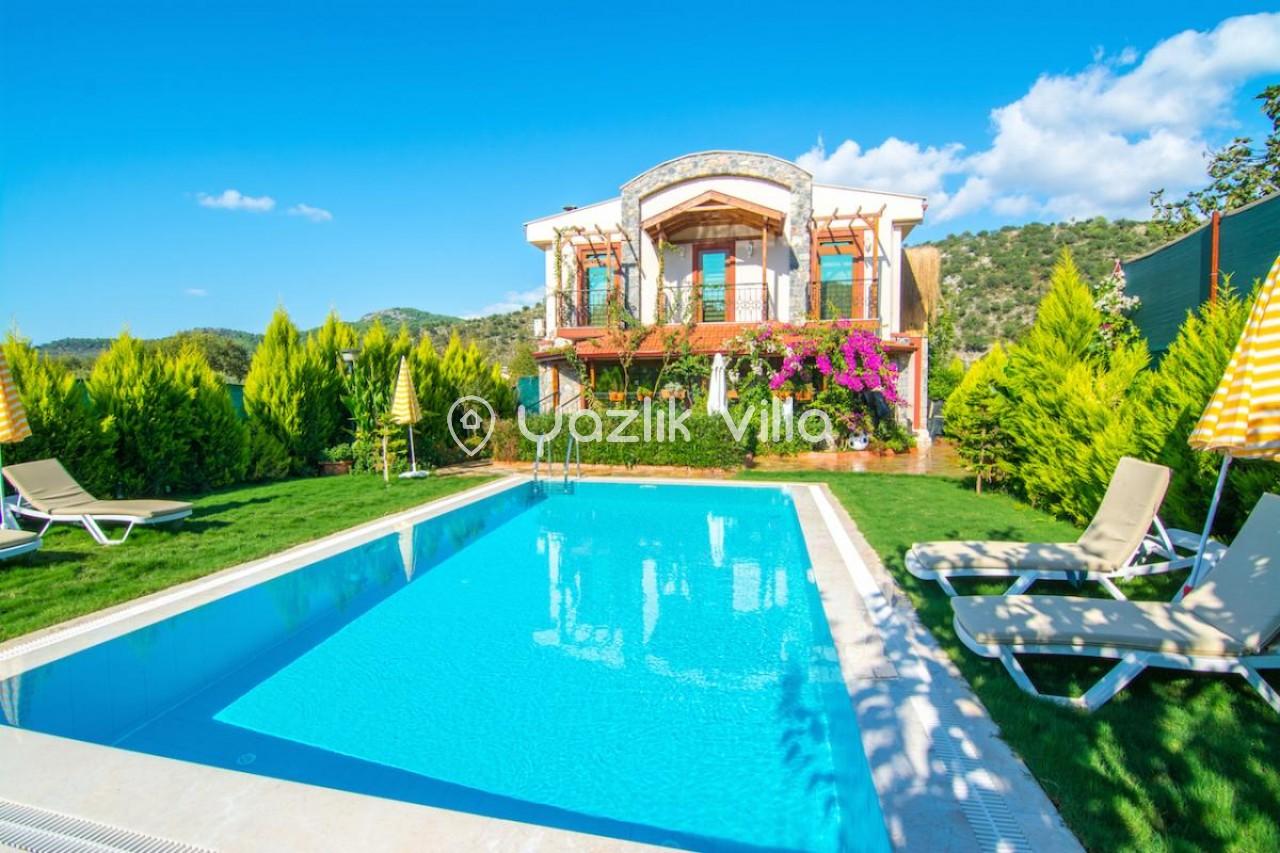 Villa Ares