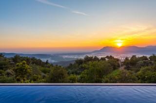 Villa Melisa, Kalkan'da Bulunan 3 Odalı 2 Jakuzili Tatil Villası